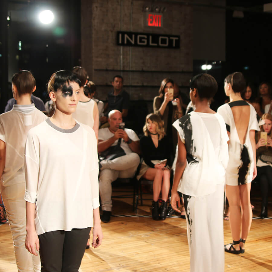NEW YORK FASHION WEEK COLOURED BY INGLOT